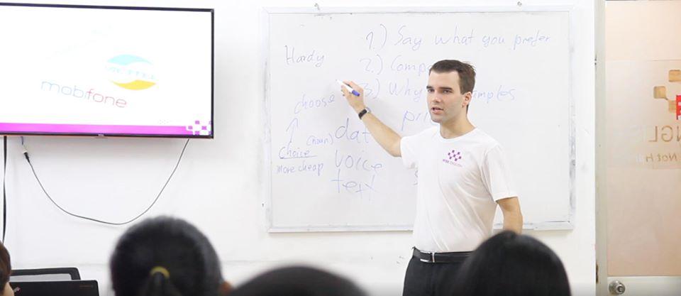 English Teacher Job Da nang Wise English central