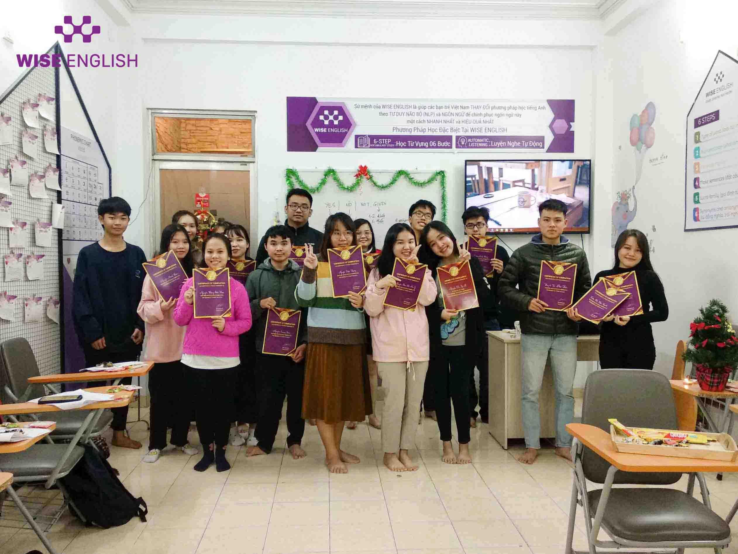 Lớp PREIE155 tốt nghiệp